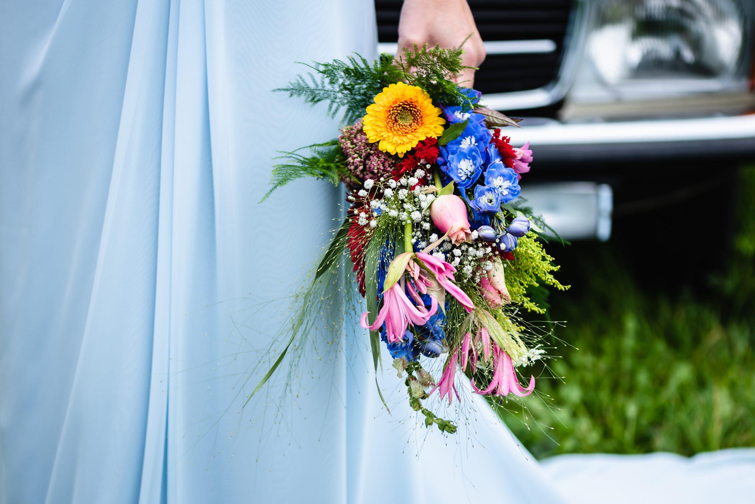 bruidsboeket, trouwen in Assen, Trouwen in Drenthe, bruidje