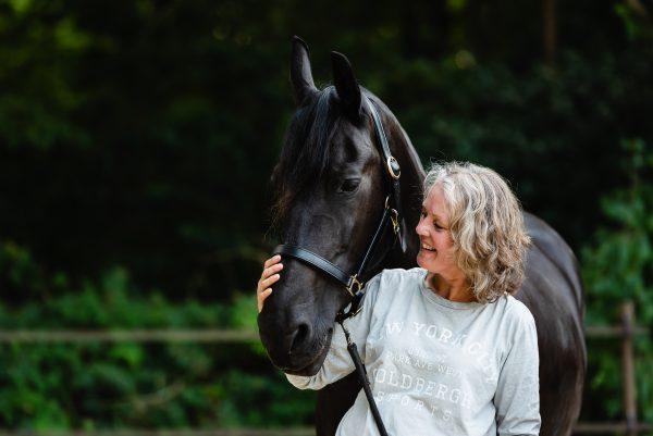 Paarden, paarden meisjes, shoot met paarden, liefde voor paarden